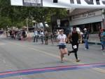 Bib 258 - Deb Turner, Pasadena, CA - 1:43:01; Bib 307 - Peter Le, Altadena, CA - 1:43:04