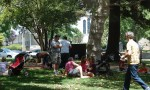 """Lots of folks chose to eat """"picnic"""" style"""